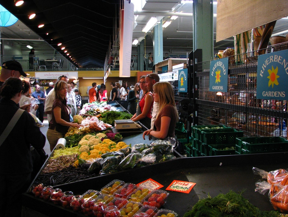 Browse the Farmers' Market