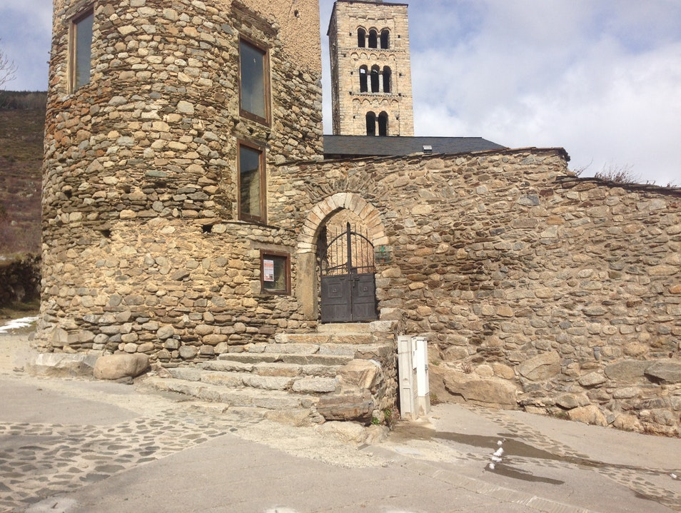 Learn about local culture and the region's rich medieval history at the EcoMuseu