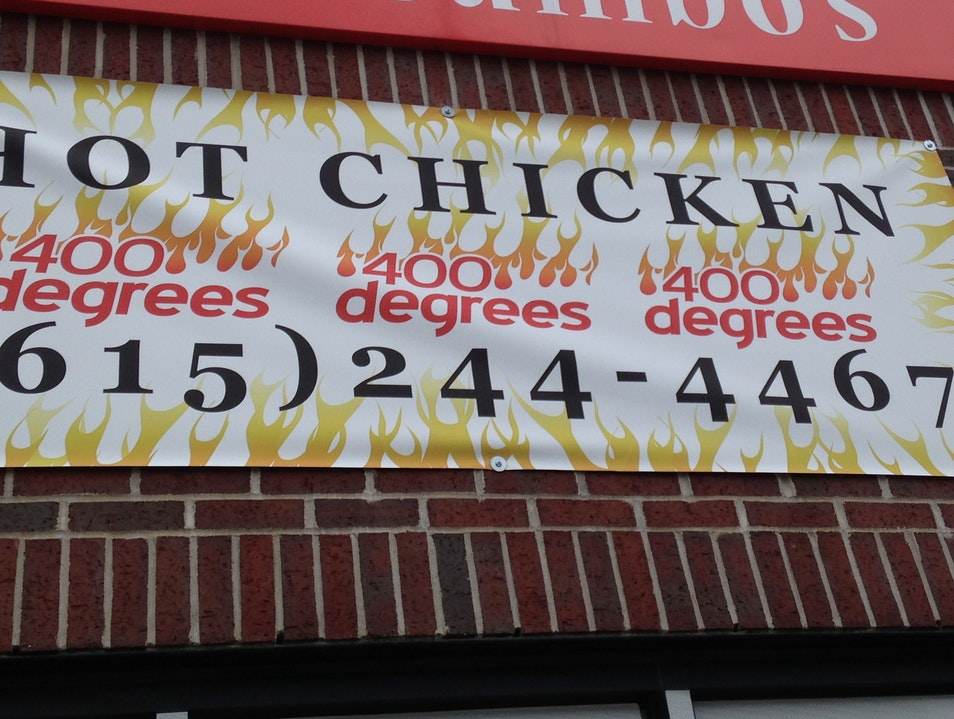 A Hot Chicken Fix for the Downtown Crowd Nashville Tennessee United States