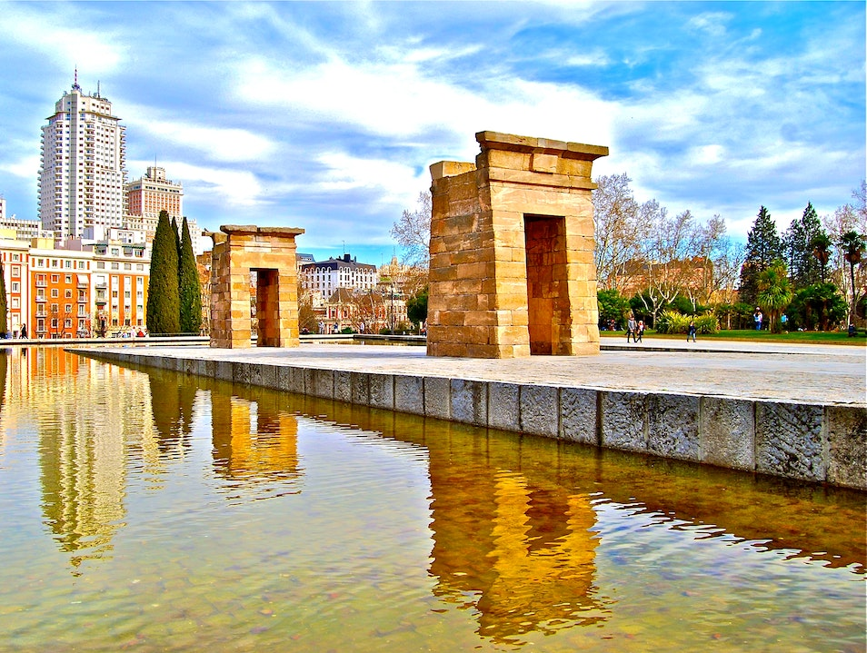 Beautiful Walk in the Park... Madrid  Spain
