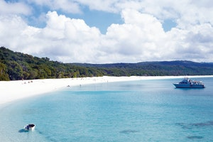 Sail to Whitehaven Beach