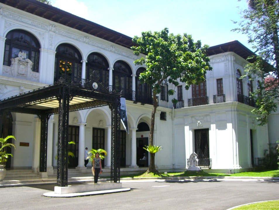 Tour The President's House - Malacanang Palace Manila  Philippines
