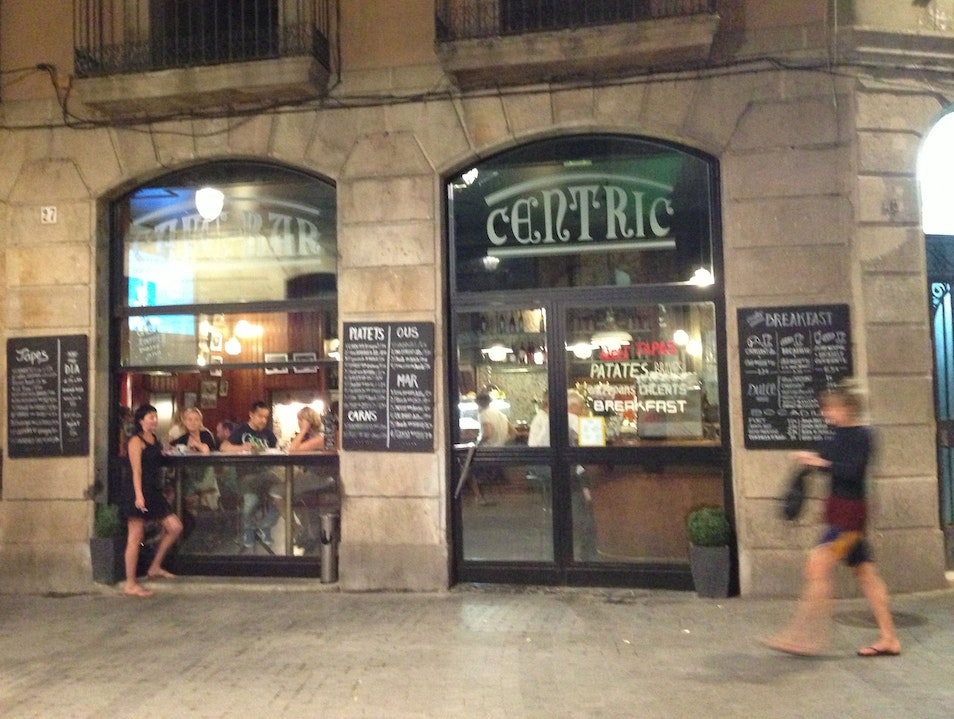 Drinks, tapas and people-watching at Cèntric Barcelona  Spain
