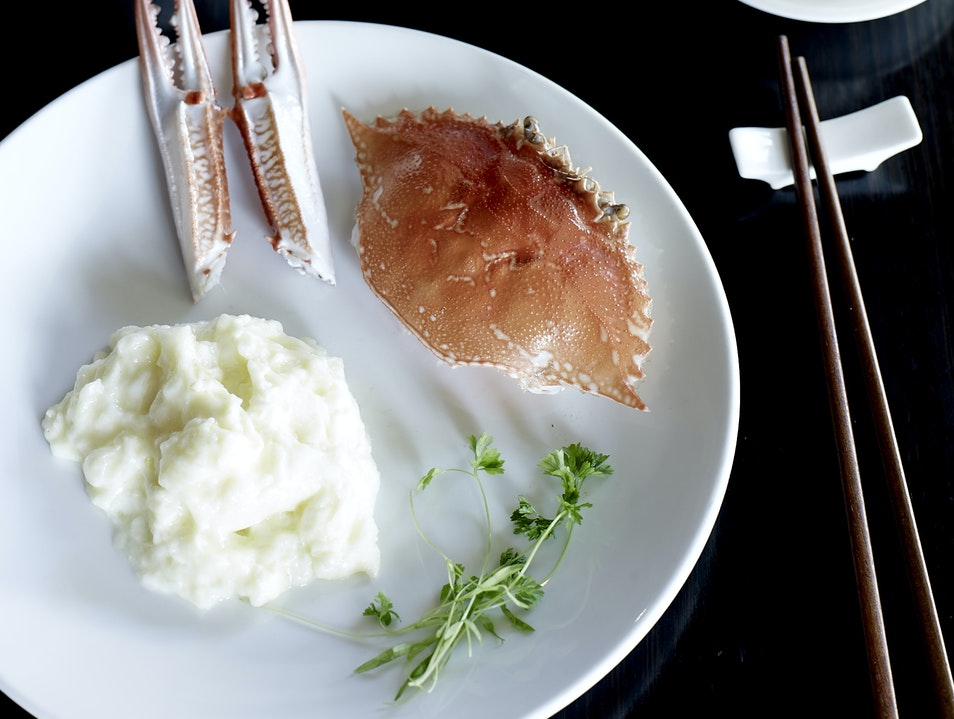 Lau's Family Kitchen: Casual, Refined Chinese