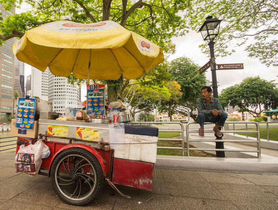 """Gives New Meaning to """"Ice Cream Sandwich"""" Singapore  Singapore"""