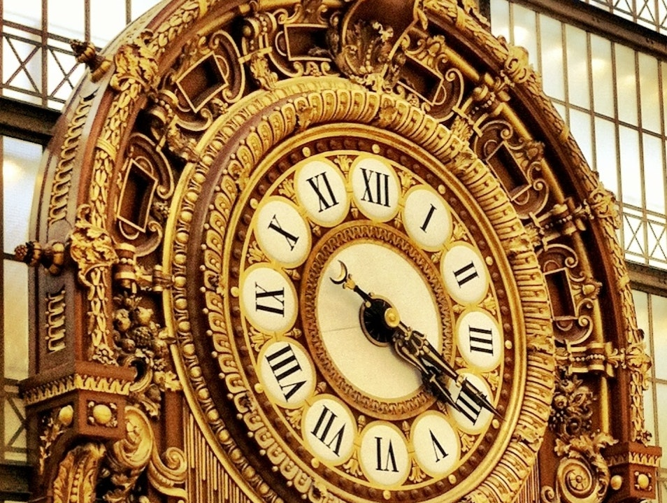 Clock at the Orsay Muséum