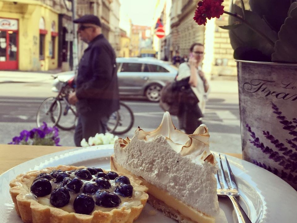 Rich, Creamy, French Goodness in Prague's New Town