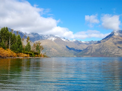 Lake Wakatipu Mt Creighton  New Zealand