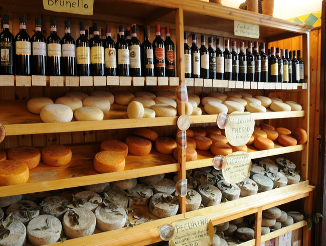 Wine and Pecorino:  The Makings for a Perfect Tuscan Picnic