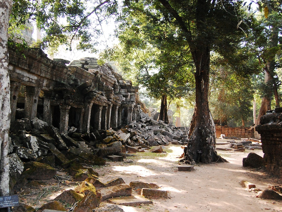 Late afternoon sun at the ruins of Beng Mealea Beng Mealea  Cambodia