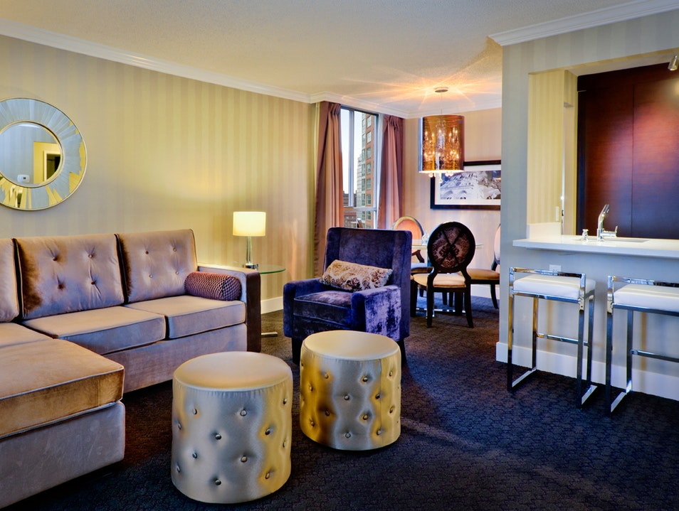 A Cozy Stay in Vancouver's La Grande Residence at The Sutton Place Hotel  Vancouver  Canada