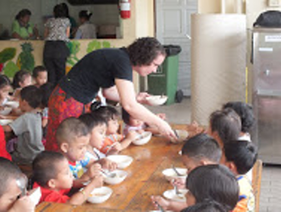 Volunteer w/  'Do Good As You Go': Mercy Centre - Bangkok, Thailand