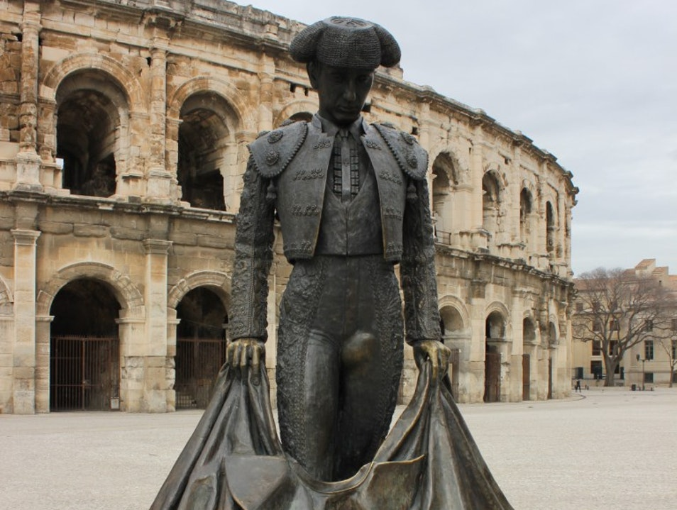Nimes – the city of an impressive arena, outstanding Maison Carree, my beloved garden and bullfighting!