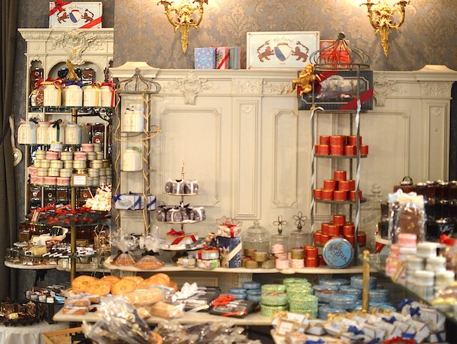 A Fairy-Tale Like Confectionary in the Altstadt