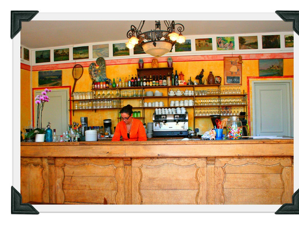The bar at the Hotel Baudy Giverny  France