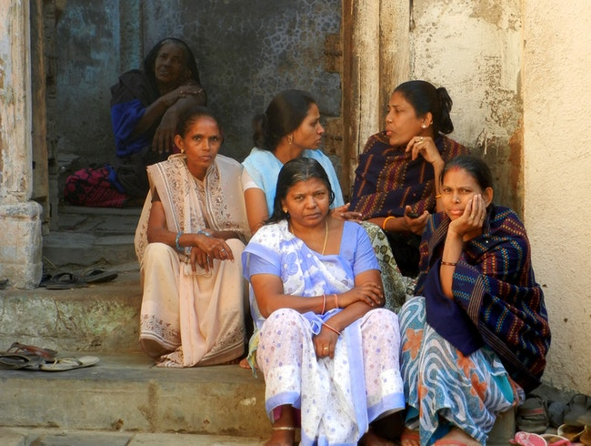 A stroll down the 'pols' of old town Ahmedabad