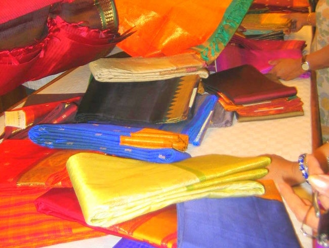 Looking for a Sari in India? Here's the Real Deal.