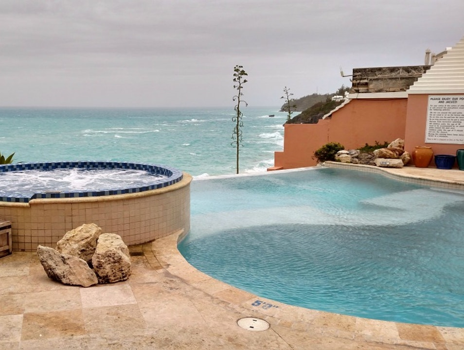 Infinity Pool, Infinite Pleasure Southampton Parish  Bermuda