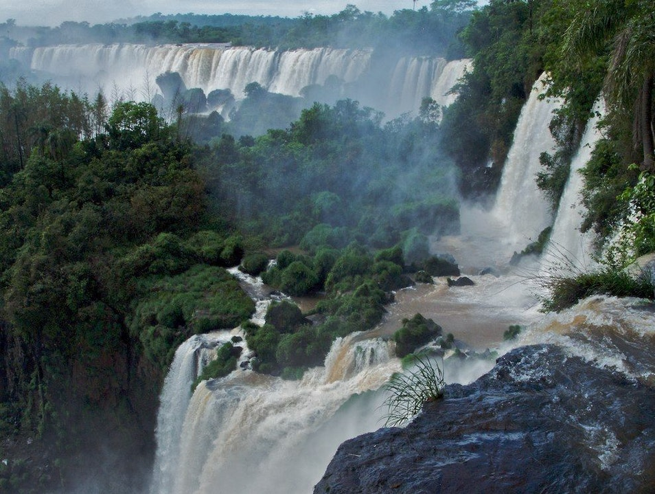 The roar of the falls surround you Iguazú  Argentina
