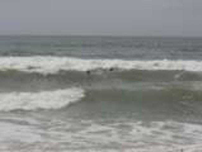Horseneck Beach,Westport,MA via Boston - best waves!