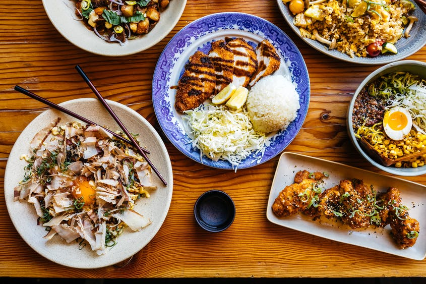 The dishes at Miminashi are easy to share.
