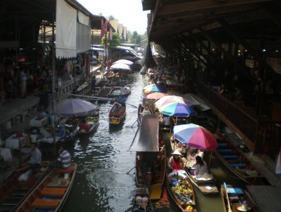 Shopping from a boat Bang Kobua  Thailand