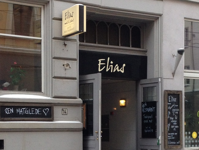 Fuss-Free Eating at Elias