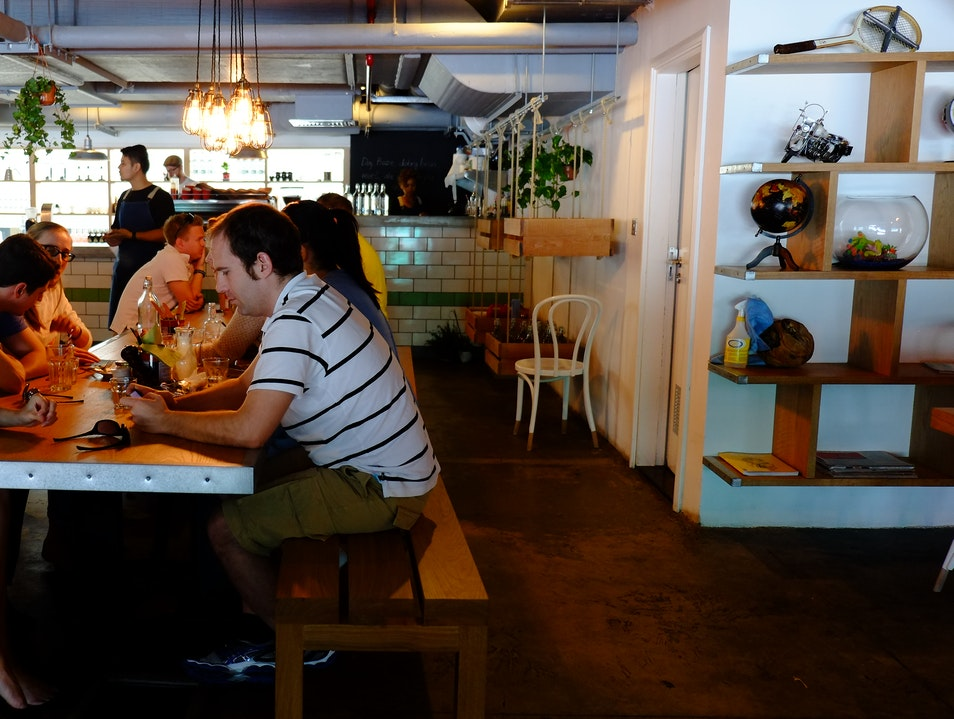 Tom and Serg Cafe: great food, even better coffee