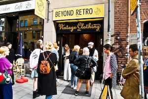 Beyond Retro - Sofo