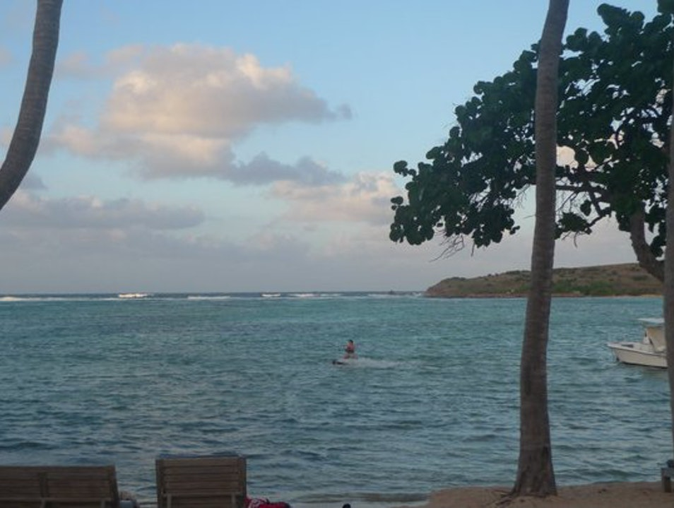 Kitesurfing on the Grand Cul de Sac   Saint Barthélemy