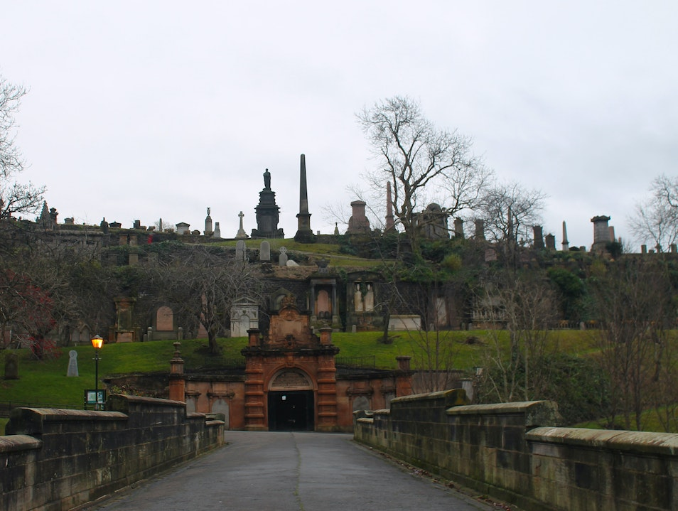 Tomb Hopping at the Glasgow Necropolis Glasgow  United Kingdom