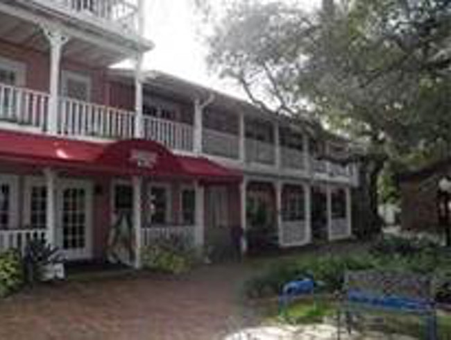 Great place to stay in New Smyrna Beach/Daytona Area