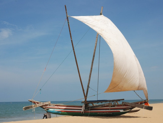 Under the Shade of a Dhow