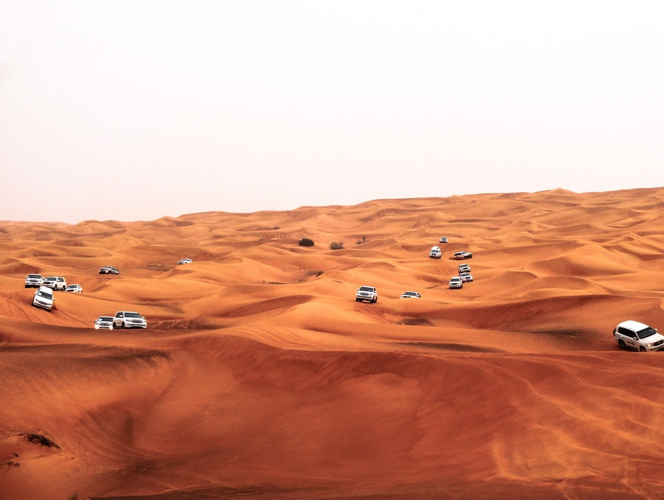 Best Desert Safari in Dubai – Have fun and Adventure in Desert Dubai  United Arab Emirates