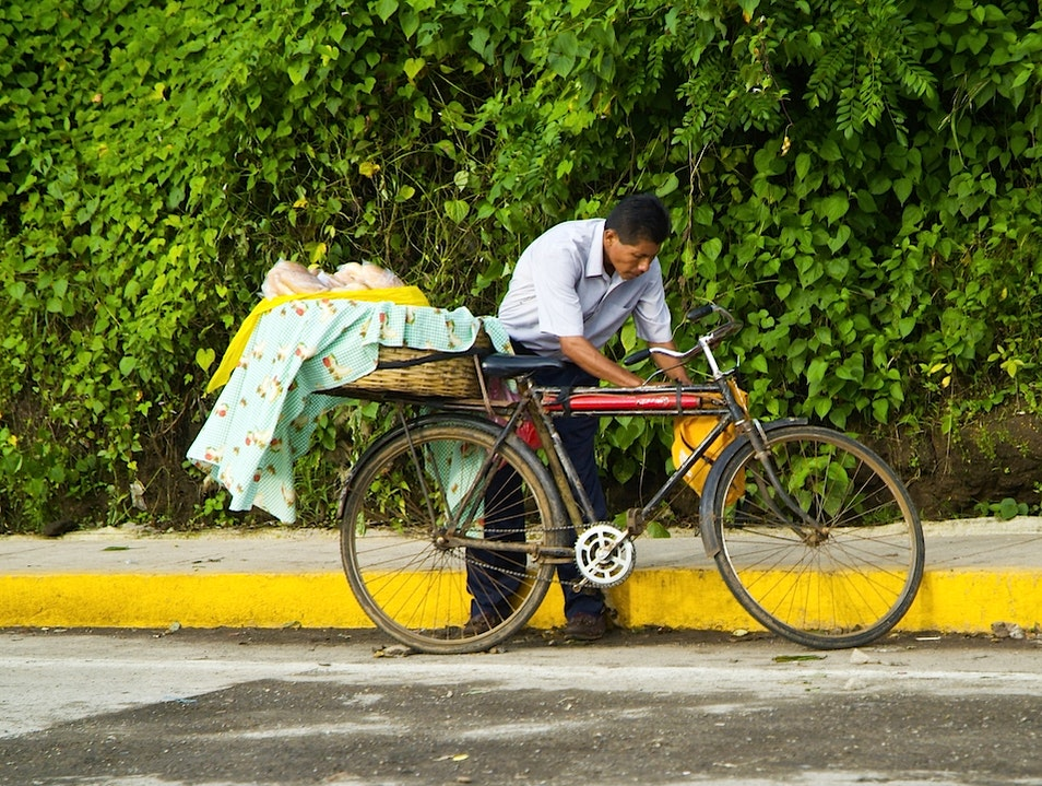Mobile Markets: Bread by Bicycle! Catarina  Nicaragua
