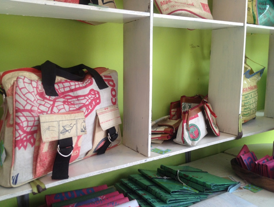 Fair-trade bags made from cement packaging