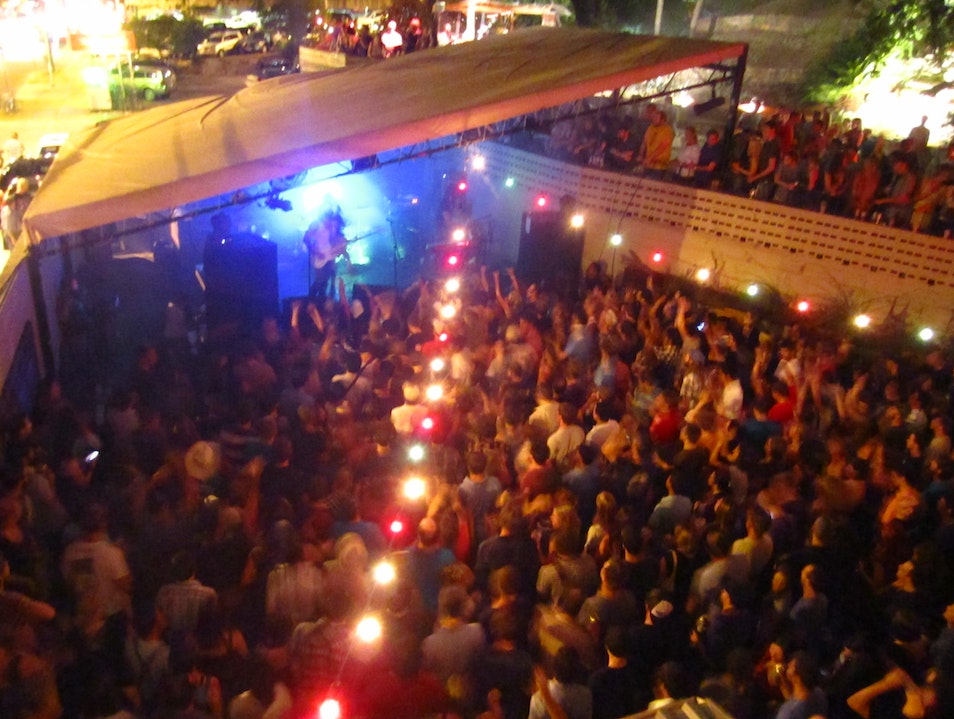 Handmade in Downtown Austin: DJs on Friday. Weekly Events.