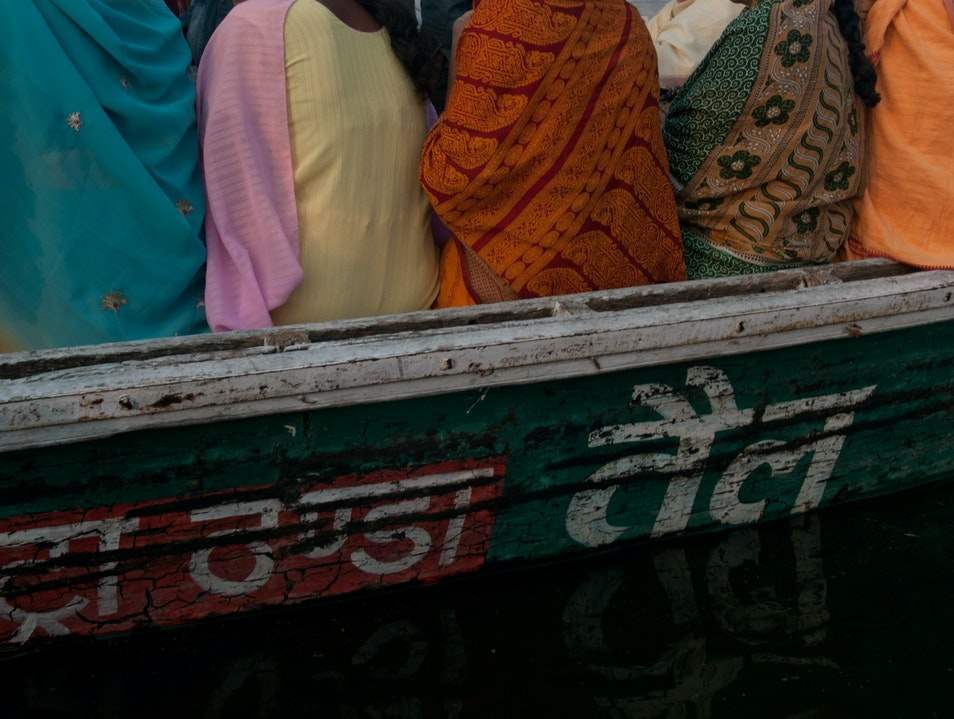 Rituals: Pilgrims on Ganges Nathupur  India