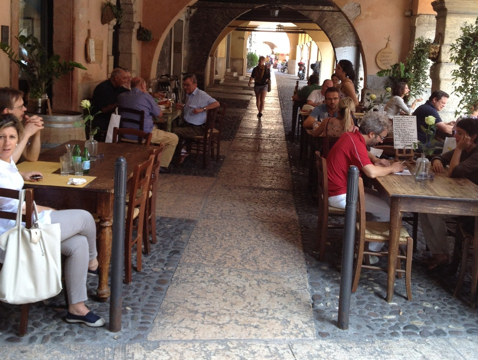 Eating Under the Arches
