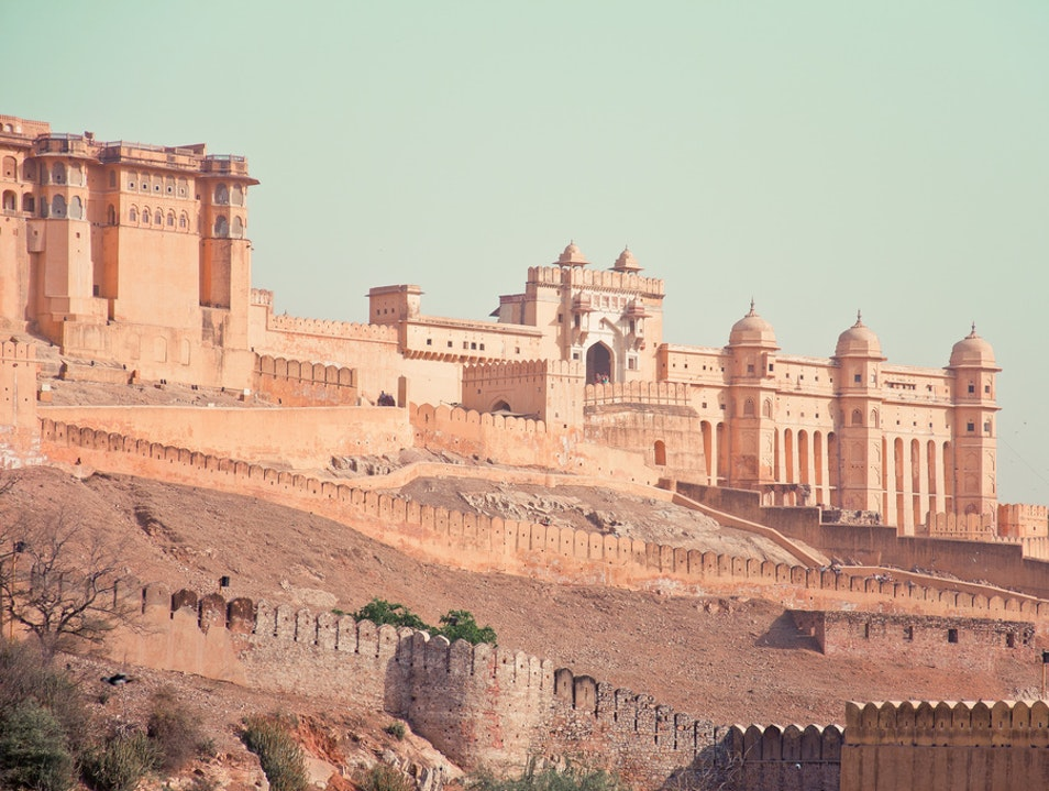 Jaipur - A Journey to City of Heritage Monuments Devisinghpura  India