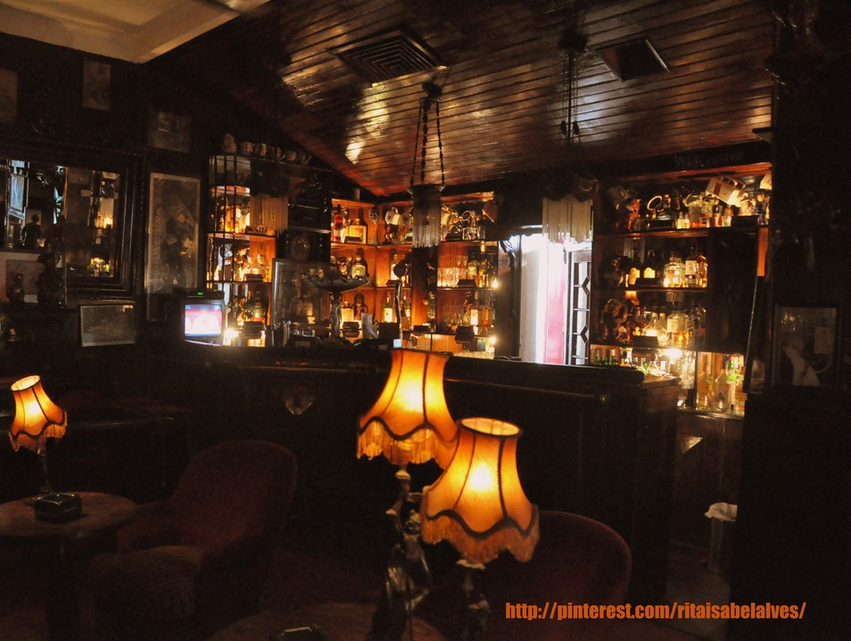 A Cozy and Intimate Historical Bar Lisboa  Portugal