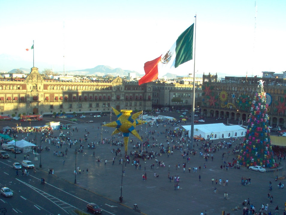 Taking in the view of the zócalo for Christmas