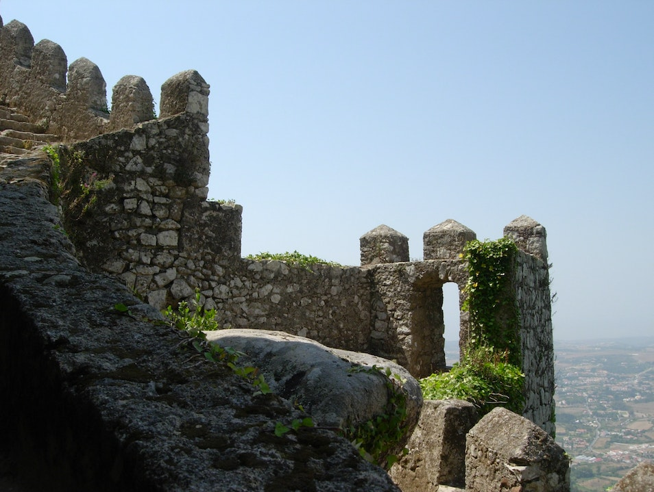 Castle of the Moors: Ancient Fortress, Sweeping Vistas Sintra  Portugal