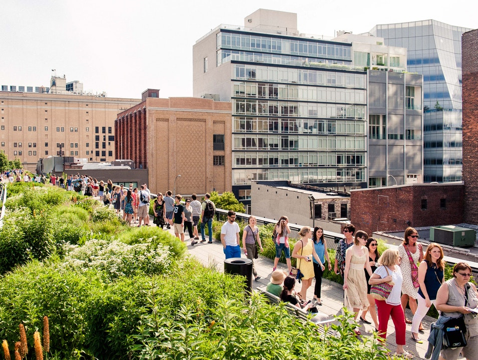 """NYC's Must-See """"Park in the Sky"""""""