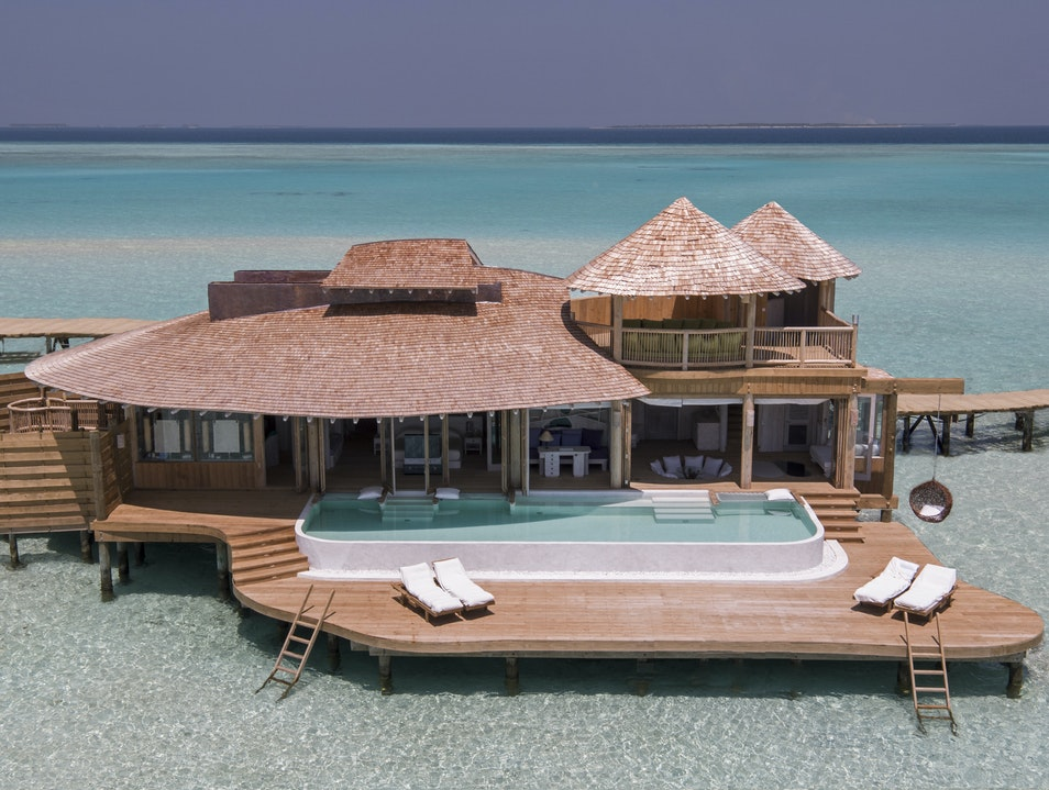 Proof that the Maldives Aren't Just for Honeymooners