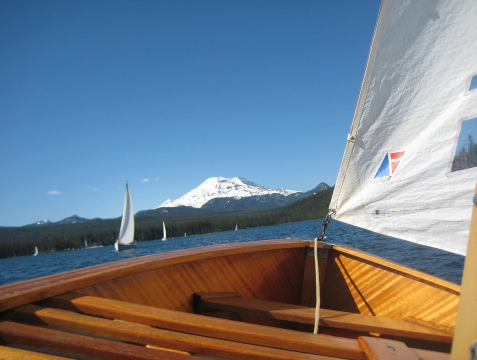 Hiking and Sailing on the Cascade Lakes Bend Oregon United States