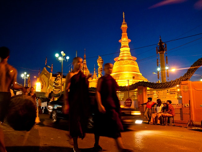 Night Market, Botataung Paya, Rangoon, Burma.