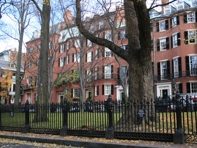 Louisburg Square, Beacon Hill