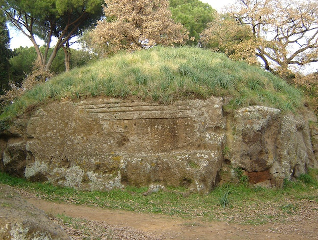 An Etruscan necropolis near the Lazio coast