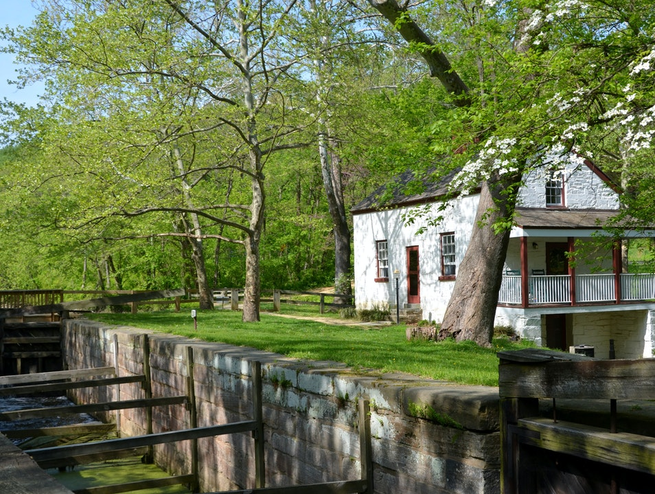 Stay in a Lockhouse on the C&O Canal